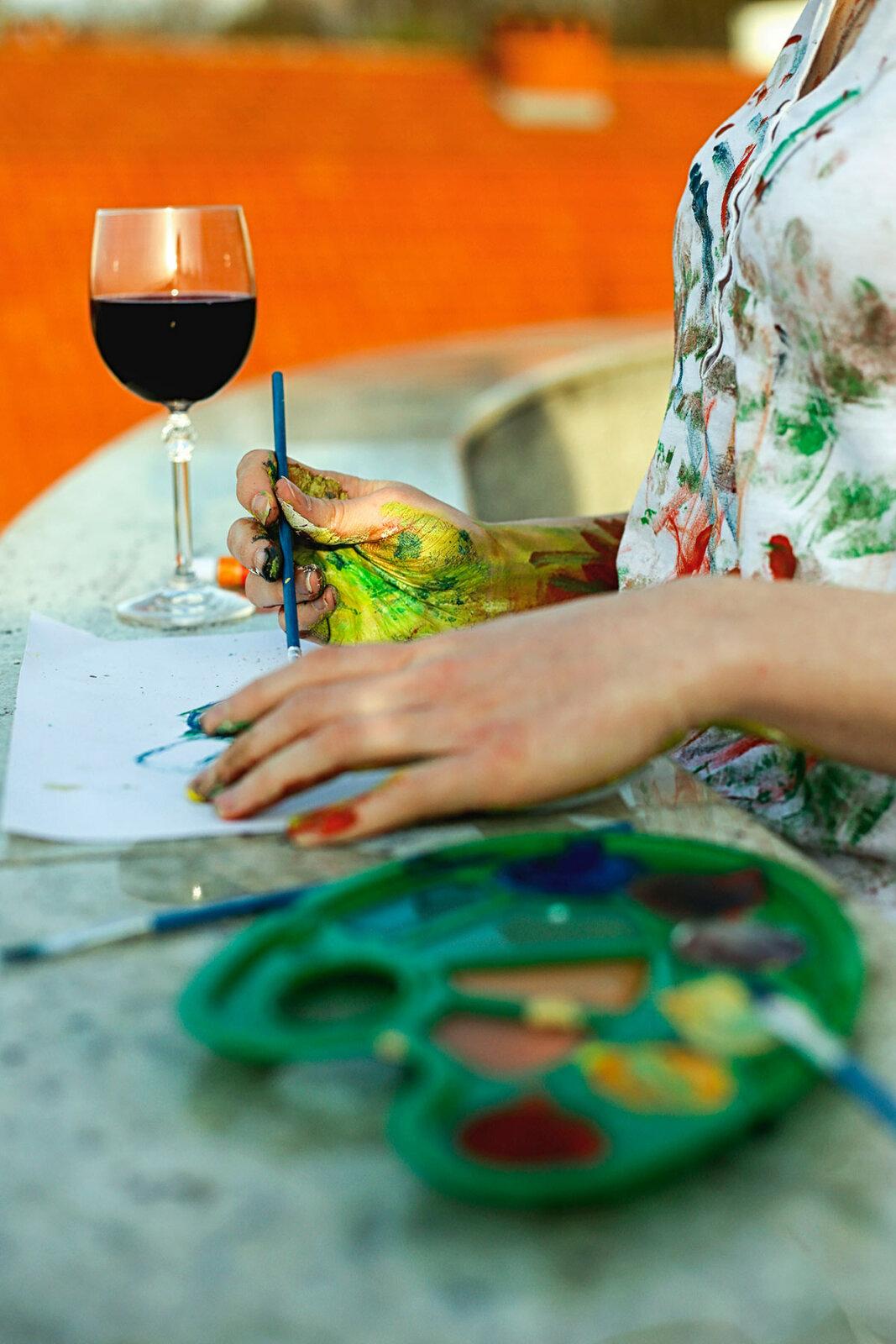 nakoma paintandsip calendar image
